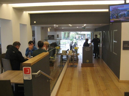 Ulster Museum: Dining area