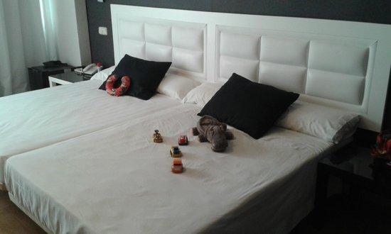 Evenia Zoraida Garden: bed for 2+1