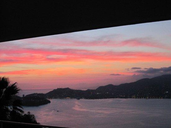 Las Brisas Acapulco: Sunset