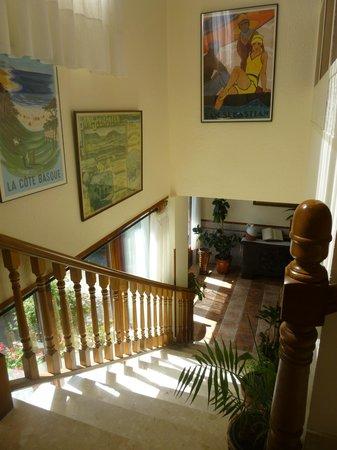 Hotel Leku-Eder: Escaleras 2ºplanta a recepción