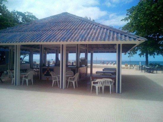 Puerto Plata Village Resort: Snack cerca de la palya