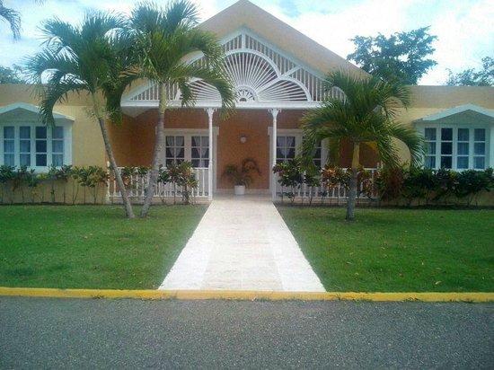 Puerto Plata Village Resort: vista de la villa