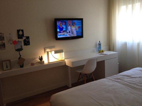 Pol & Grace Hotel : camera