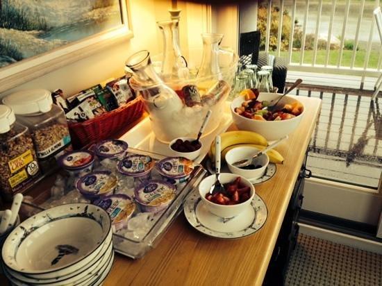 The Seafarer Inn : more yummy breakfast
