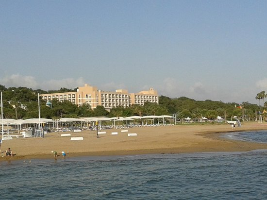 Turquoise Resort Hotel & Spa : View from the beach