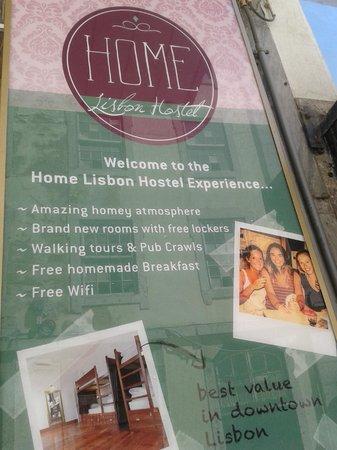 Home Lisbon Hostel: Entrada do Prédio