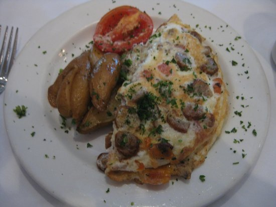 Shula's Steak House: egg white omelete with sausage and veggies