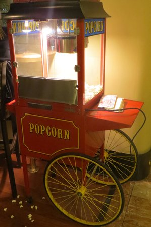 Chancellor Hotel on Union Square: Popcorn machine