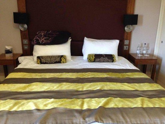 Bannatyne Spa Hotel : HUGE bed!
