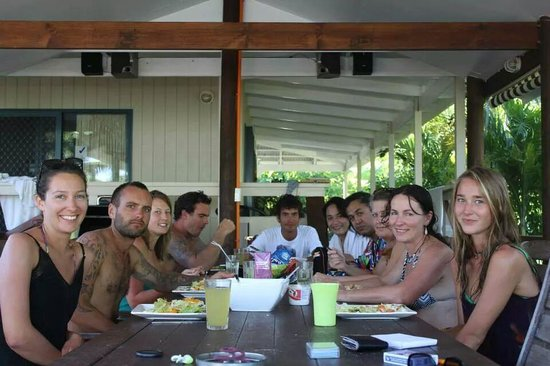 Te Akapuao Holiday Studio Villas 1 & 2: raro family bliss