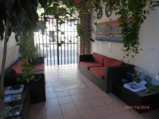 Hotel Posada de Roger: Entrance