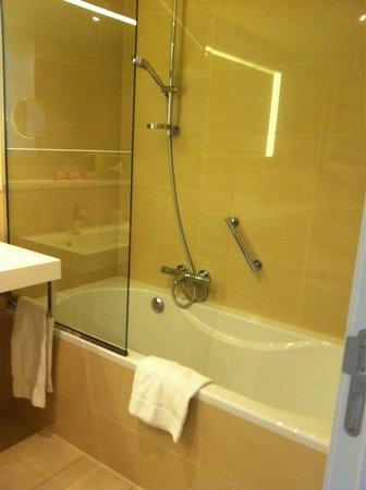Thon Hotel EU: Bathroom 2