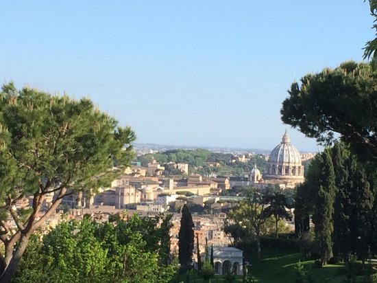 Rome Cavalieri, A Waldorf Astoria Resort : Such a great view from our room!