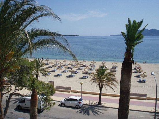Hoposa Uyal Hotel: Beach and Bay
