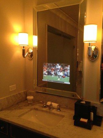 Waldorf Astoria Chicago: Television inside the bathroom mirror