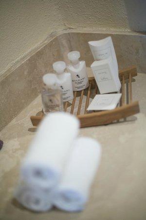 Casa del Mar Golf Resort & Spa: Bvlgari bath products