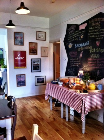 The Stop B&B : Awesome breakfast spread with chalk board menu!