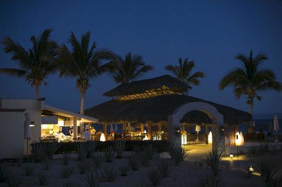 Casa del Mar Golf Resort & Spa: Beautiful dining scene