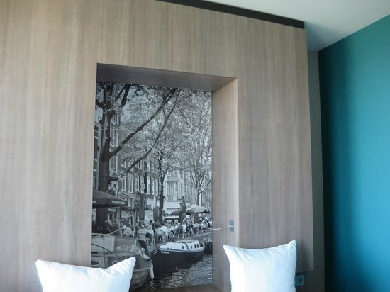 Ramada Apollo Amsterdam Centre : Head Board