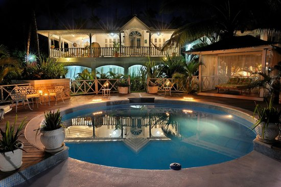 Casa Coson: Main house and pool