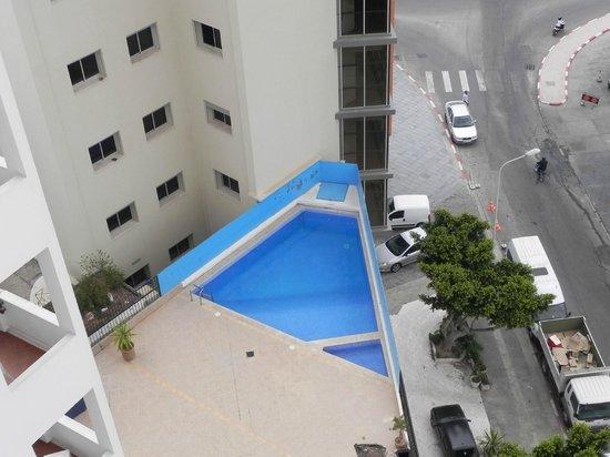 Studiotel afoud: Petite piscine au 4eme étage