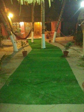 Casa Maya Holbox: Cabaña nueva con 2 cuartos