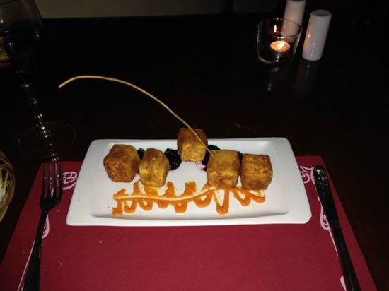 Bodega : Deep Fried cheese