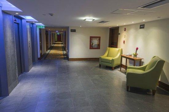 Wyndham Concorde Resort Isla Margarita : Elevators and Rooms Hall