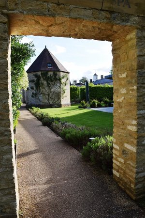 Lucknam Park: Architectural treats