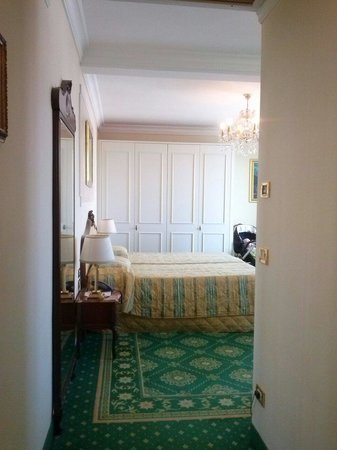 Abano Grand Hotel: Classic room, fair size