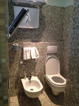 Hotel Palazzo Papaleo: sanitari, in zona separata