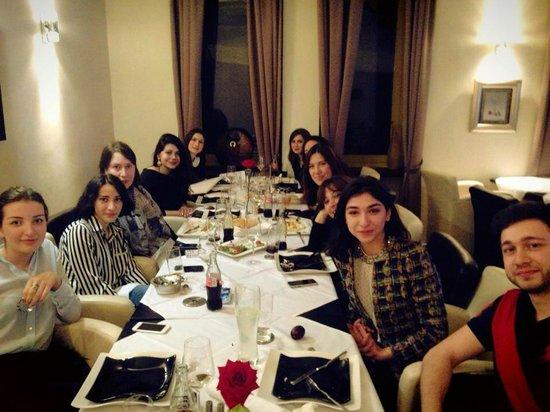 Satrapezo: Easter dinner