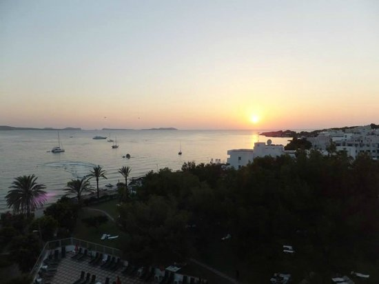 Abrat Hotel : sunset