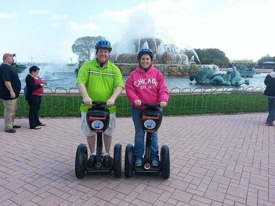 City Segway Tours Chicago : My husband and I at Buckingham Fountain