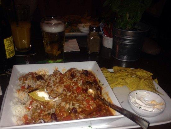 Mojito Bar & Grill: Quite nice chilli n nachos