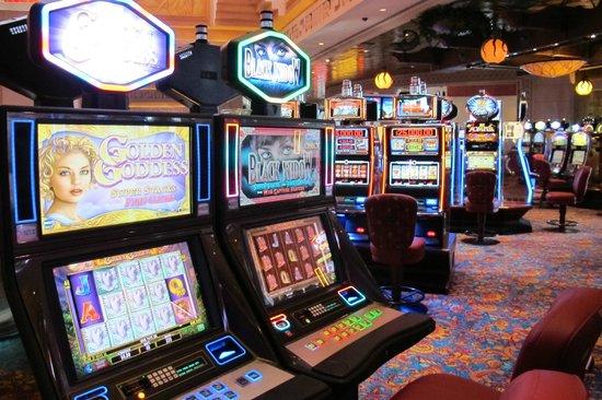 $5 slots in atlantis bahamas vacation reviews