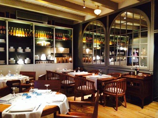 Restaurant La Salsa: Beautiful interior