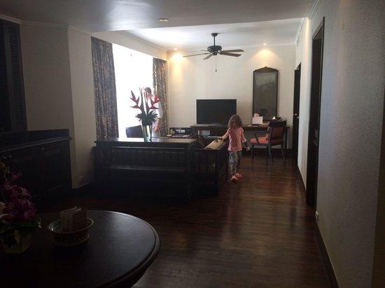 Centara Grand Beach Resort Samui : Lounge area of our one bedroom suite