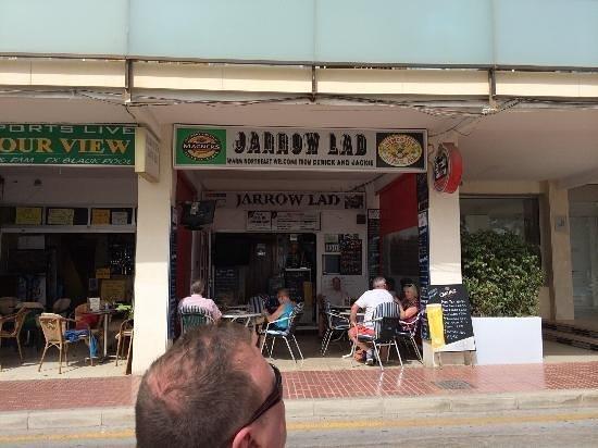 amazing jarrow lad bar