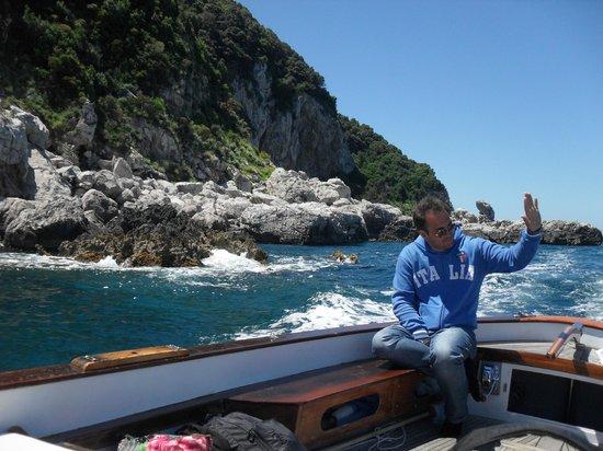 Banana Sport Capri Boat : The driver