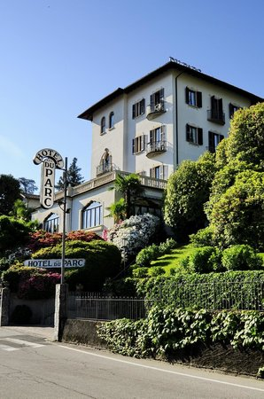 Hotel du Parc : Парк отель