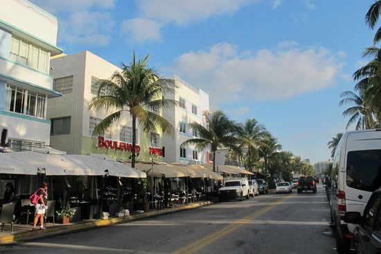 The Colony Hotel: Ocean Drive