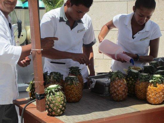 Beloved Playa Mujeres: Pinapple carving