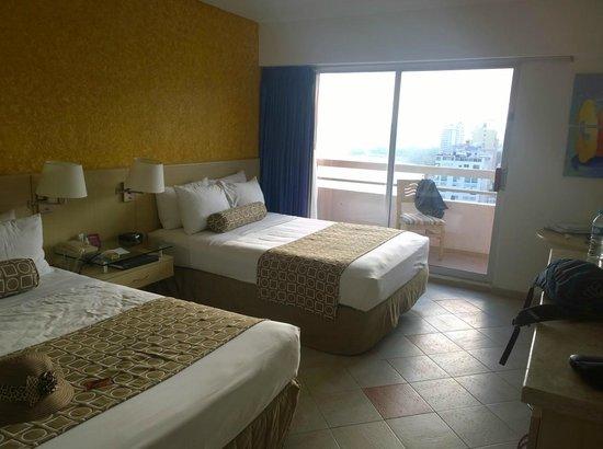 Gran Plaza Hotel Acapulco: Vista habitación doble
