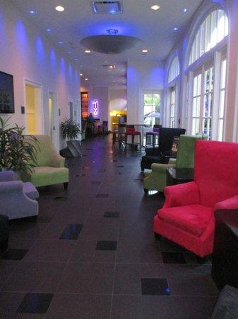 Hotel Le Marais: The lobby