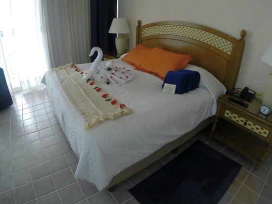 Playa Azul Golf, Scuba, Spa : Bedroom