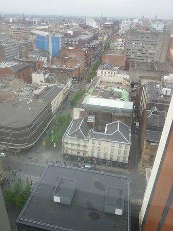 Premier Inn Glasgow City Centre Buchanan Galleries Hotel: 18 floor room view