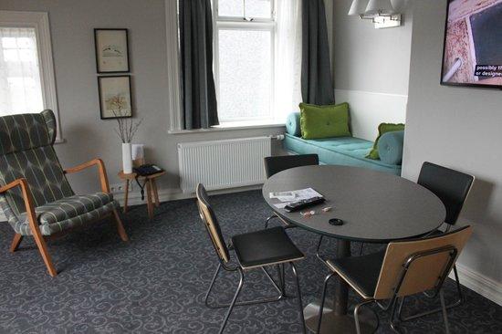 Reykjavik Residence Suites: Living room