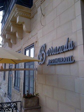 Barracuda Restaurant : The entrance