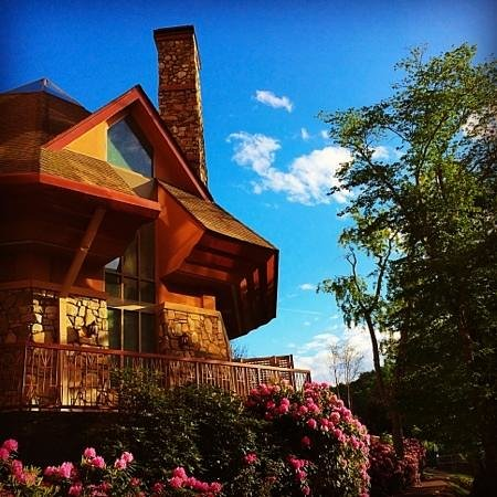 Travelers who viewed Casino at Harrah's Cherokee also viewed